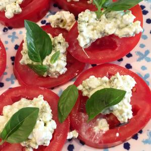 tomaat_huttenkase_hapje